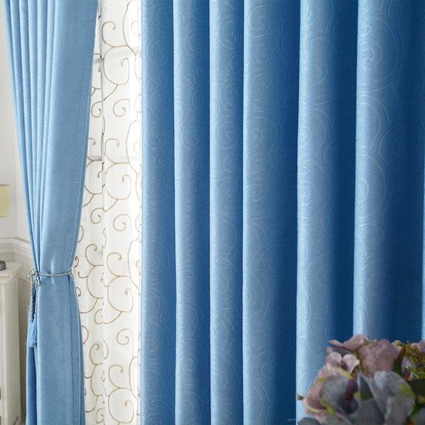 客厅窗帘颜色搭配技巧 客厅最好不要选粉色窗帘