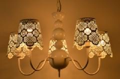 [ 限时特价 ] 包邮 格调 客厅餐厅欧式铁艺雕花个性吊灯BP1115-5 白色五头 白色五头