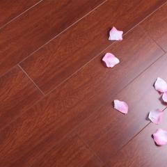 马可波罗地板卧室书房环保耐磨地板米兰系列丽日玫瑰 MA101 130*810*12mm