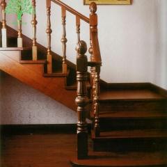 鑫森宇木业古典定制实木楼梯 材质样式定制 定金 定做 可定制 实木(可定制) 650元/步 650