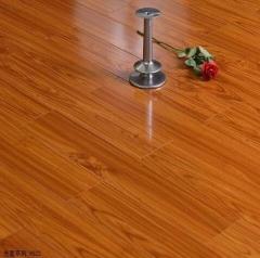 涛森地板光面系列强化地板9522 812x150x12mm
